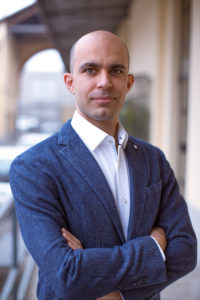 DR CLAUDIO FARNARARO